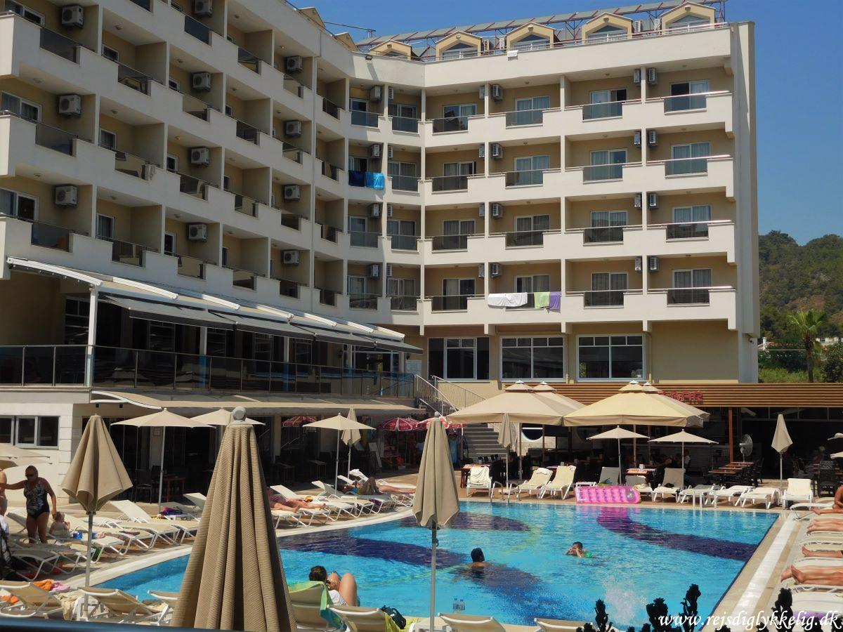 Anmeldelse af Prestige Apart Hotel - Hotelfaciliteter - Rejsdiglykkelig.dk