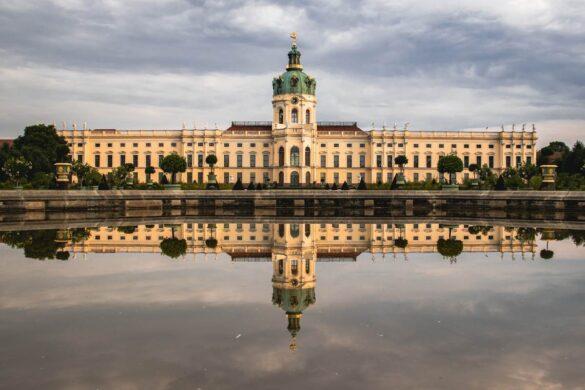 De Smukkeste Slotte i Berlin - Charlottenburg Palace - Rejs Dig Lykkelig