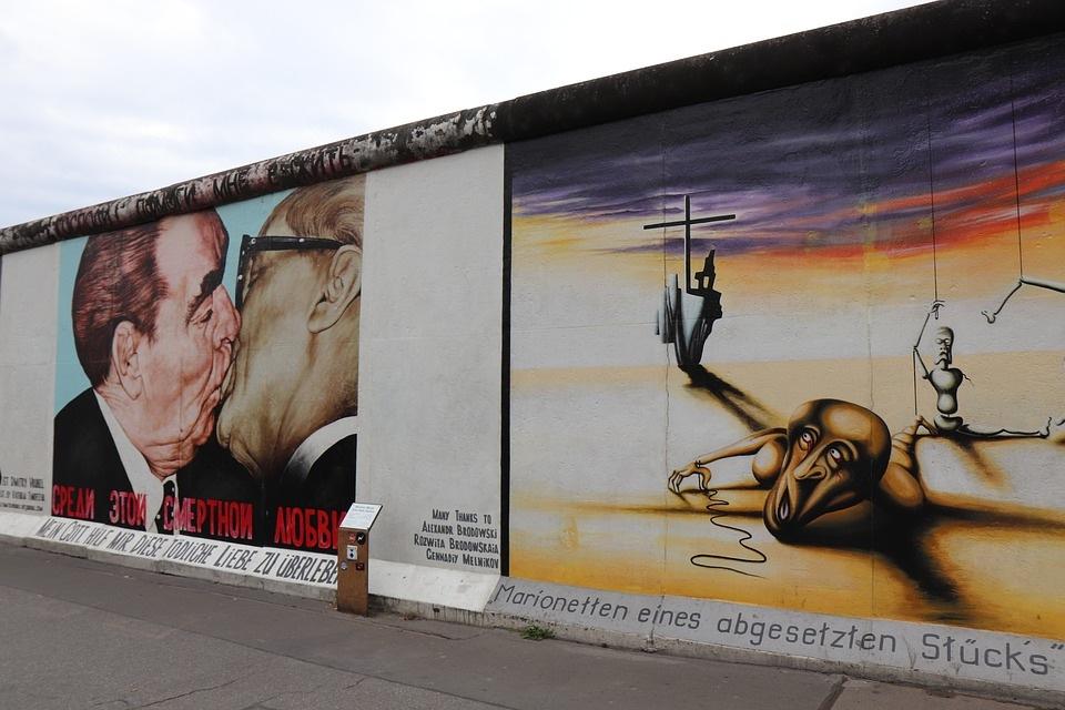 Must see seværdigheder i Berlin - East Side Gallery - Rejsdiglykkelig.dk