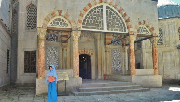 Fotodagbog fra Istanbul - Besøger en moske - Rejsdiglykkelig.dk