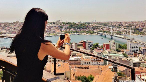 Fotodagbog fra Istanbul - Nyder udsigten over Istanbul fra Galata Tower - Rejsdiglykkelig.dk