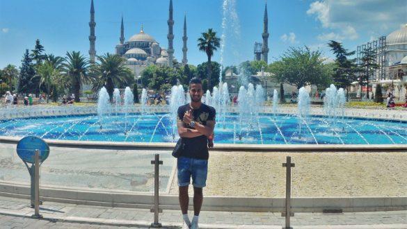 Fotodagbog fra Istanbul - Springvandet foran Den Blå Moske - Rejsdiglykkelig.dk