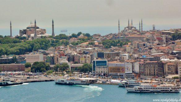 Fotodagbog fra Istanbul - Udsigt over de to store moskeer - Rejsdiglykkelig.dk