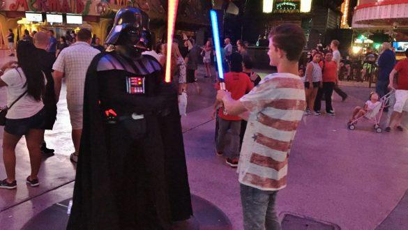 Fotodagbog fra Las Vegas - Darth Vader på Fremont Street - Rejsdiglykkelig.dk