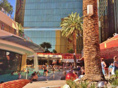 Fotodagbog fra Las Vegas - Swimmingpoolen på Golden Nugget Hotel - Rejsdiglykkelig.dk