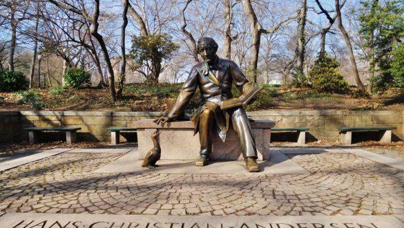 Fotodagbog fra New York - H.C. Andersen statuen i selveste Central Park - Rejsdiglykkelig.dk