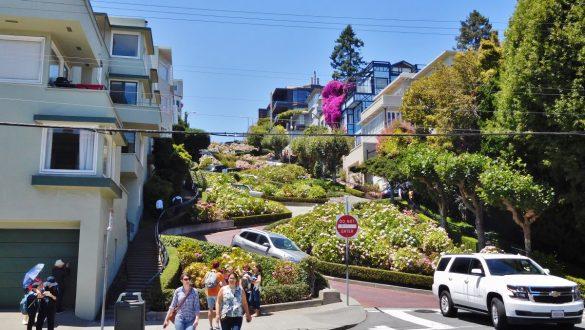 Fotodagbog fra San Francisco - Lombard Street - Verdens mest snoede gade - Rejsdiglykkelig.dk