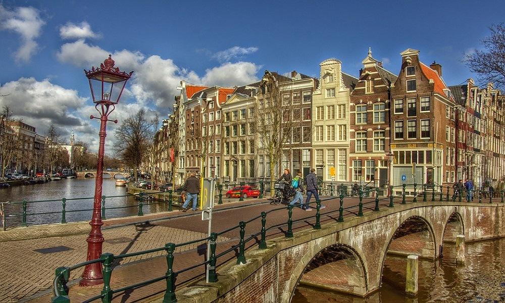 Gratis guidet rundtur i Amsterdam - Sandemans New Amsterdam 1 - www.rejsdiglykkelig.dk