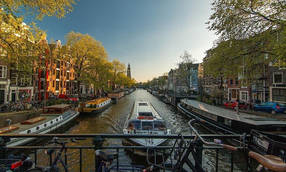 Gratis guidet rundtur i Amsterdam - Sandemans New Amsterdam - www.rejsdiglykkelig.dk