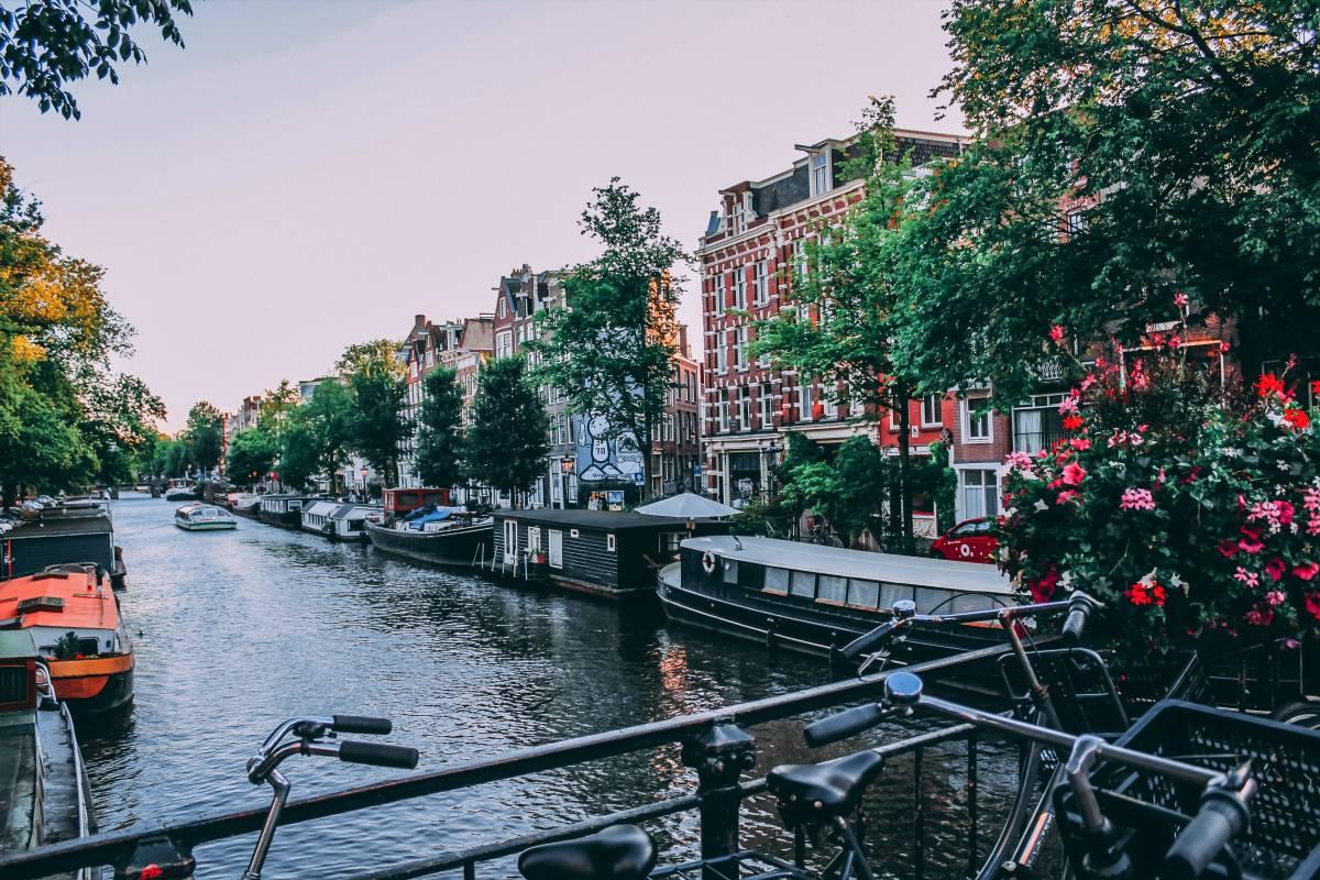 Must see seværdigheder og oplevelser i Amsterdam - Guidet rundtur - Rejs Dig Lykkelig