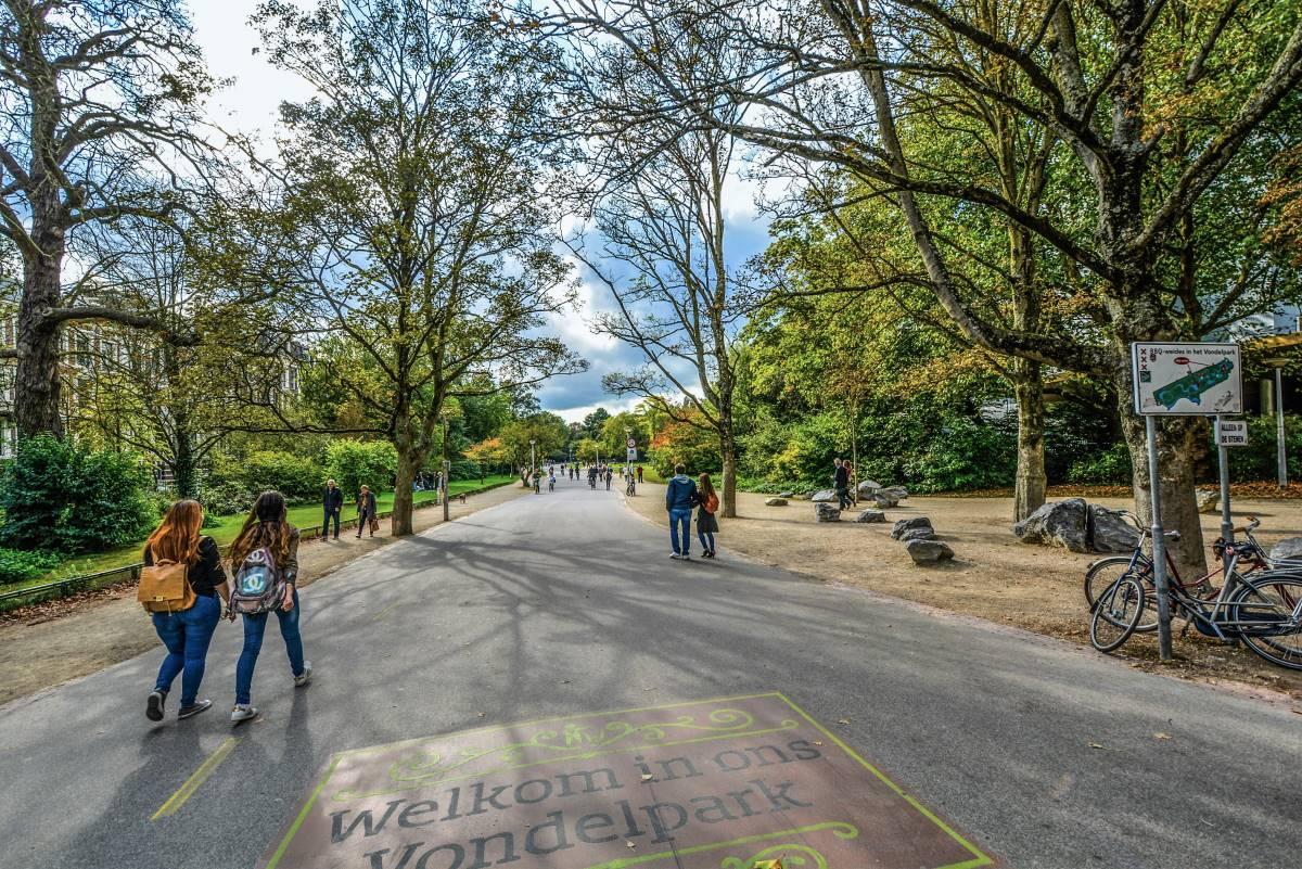 Must see seværdigheder og oplevelser i Amsterdam - Vondelpark - Rejs Dig Lykkelig