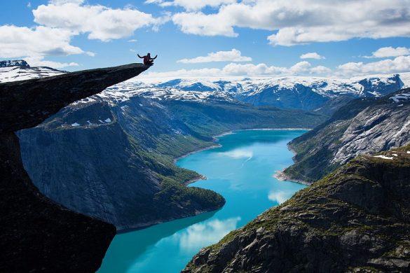 Norges smukkeste steder - Trolltunga - www.rejsdiglykkelig.dk