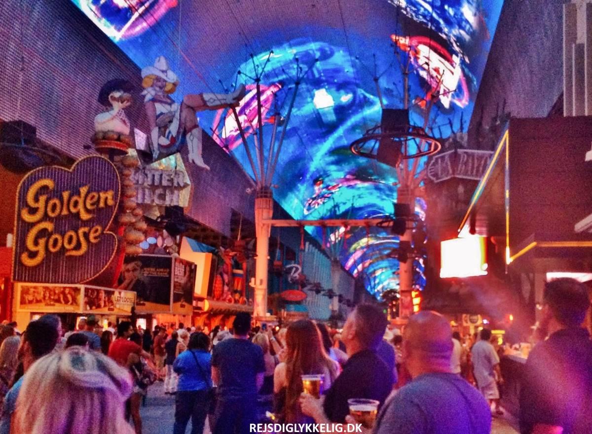 Fremont Street Experience - Rejs Dig Lykkelig