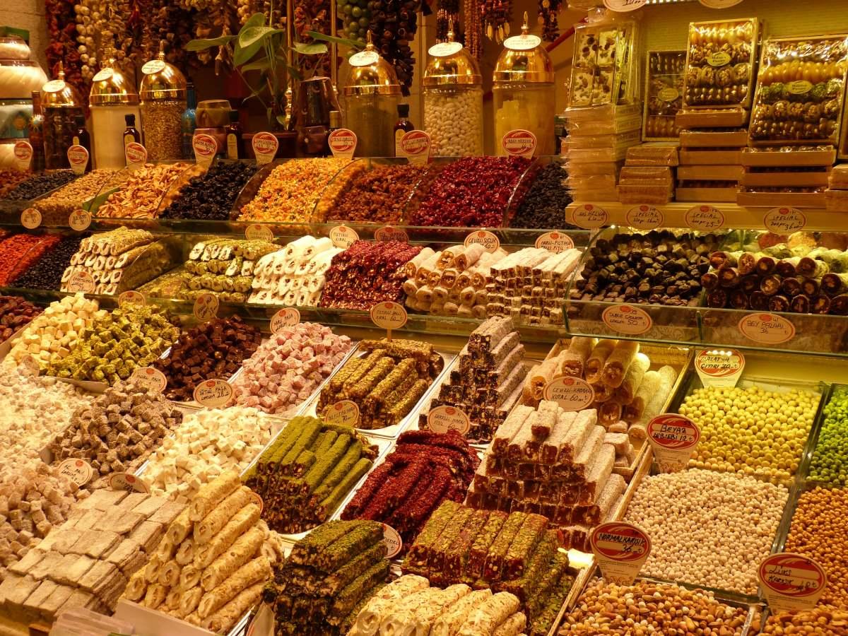 18 Oplevelser i Istanbul - Egyptian Bazaar - Rejs Dig Lykkelig