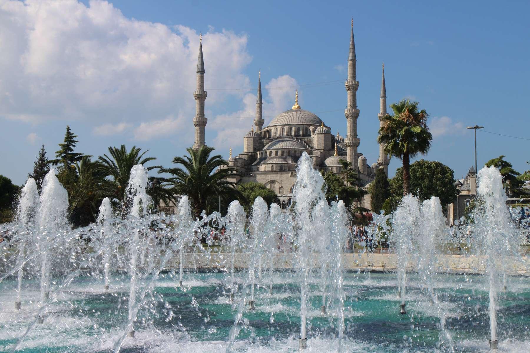 Istanbul Cover - Rejs Dig Lykkelig
