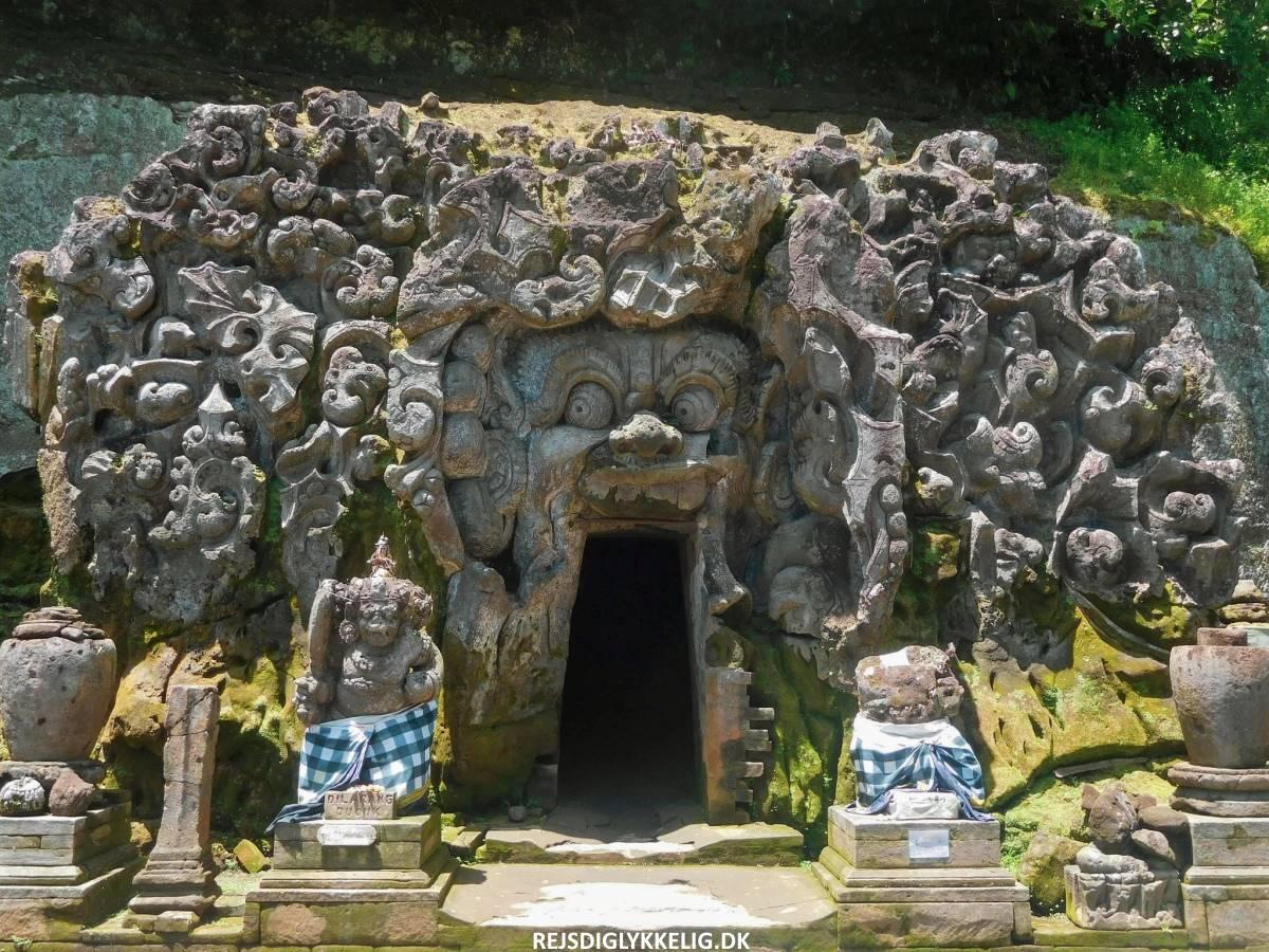 16 oplevelser i Ubud - Goa Gajah - Rejs Dig Lykkelig