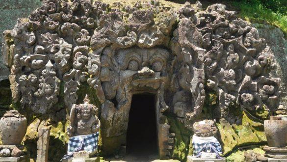 Fotodagbog fra Ubud - Elephant Cave i Goa Gajah Temple - Rejsdiglykkelig.dk