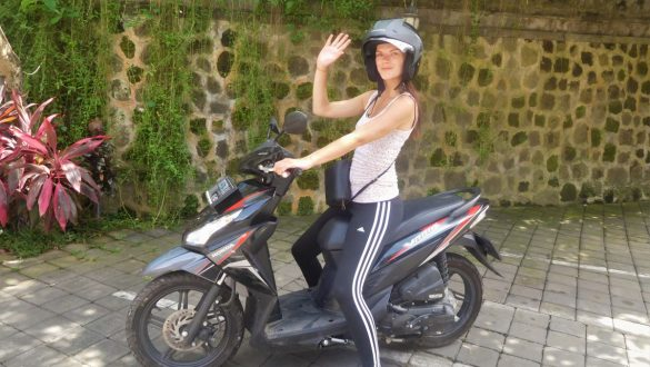 Fotodagbog fra Ubud - Lejet en scooter - Rejsdiglykkelig.dk