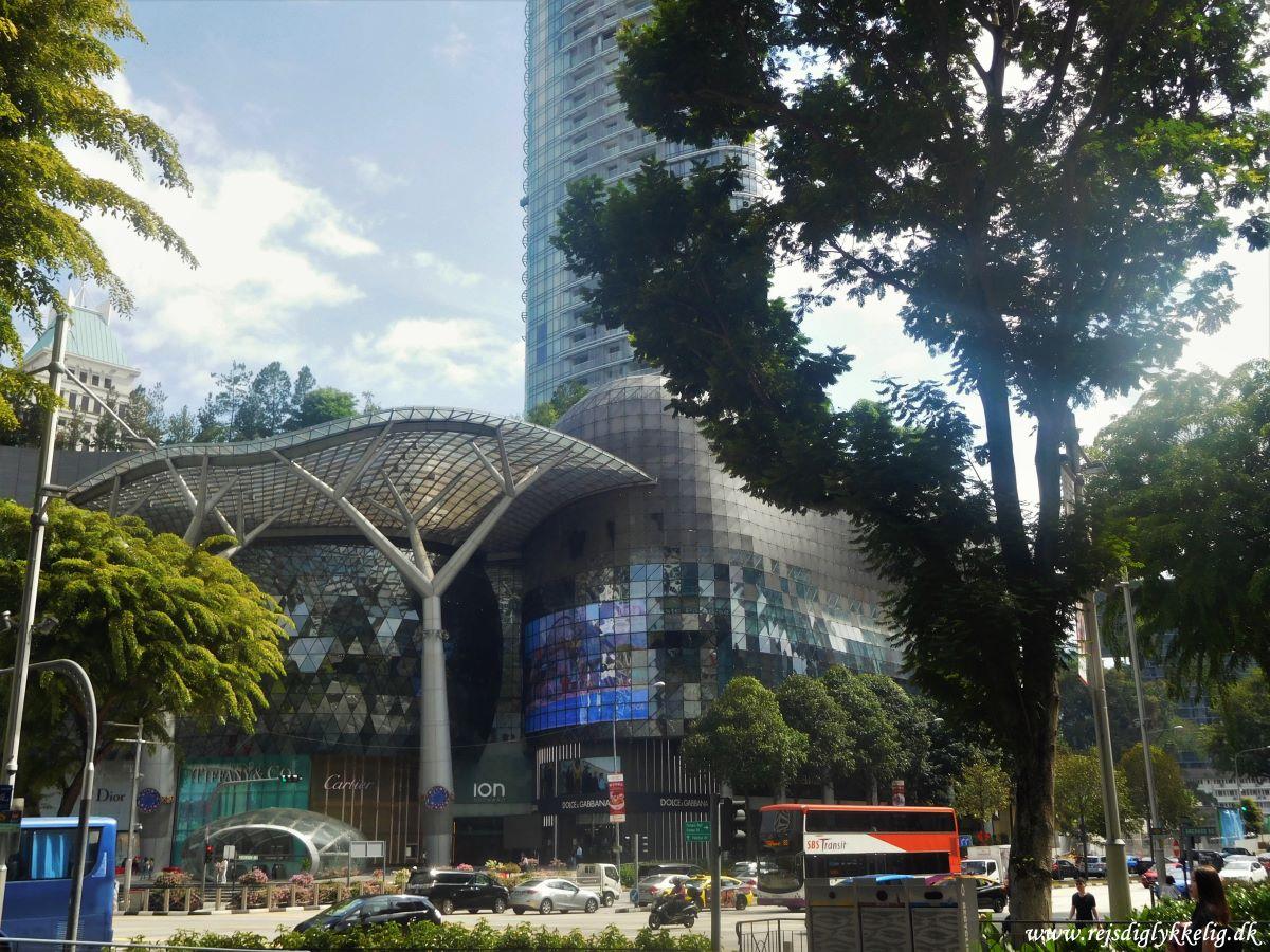 Guide til de bedste steder i Singapore - Orchard Road - Rejsdiglykkelig.dk