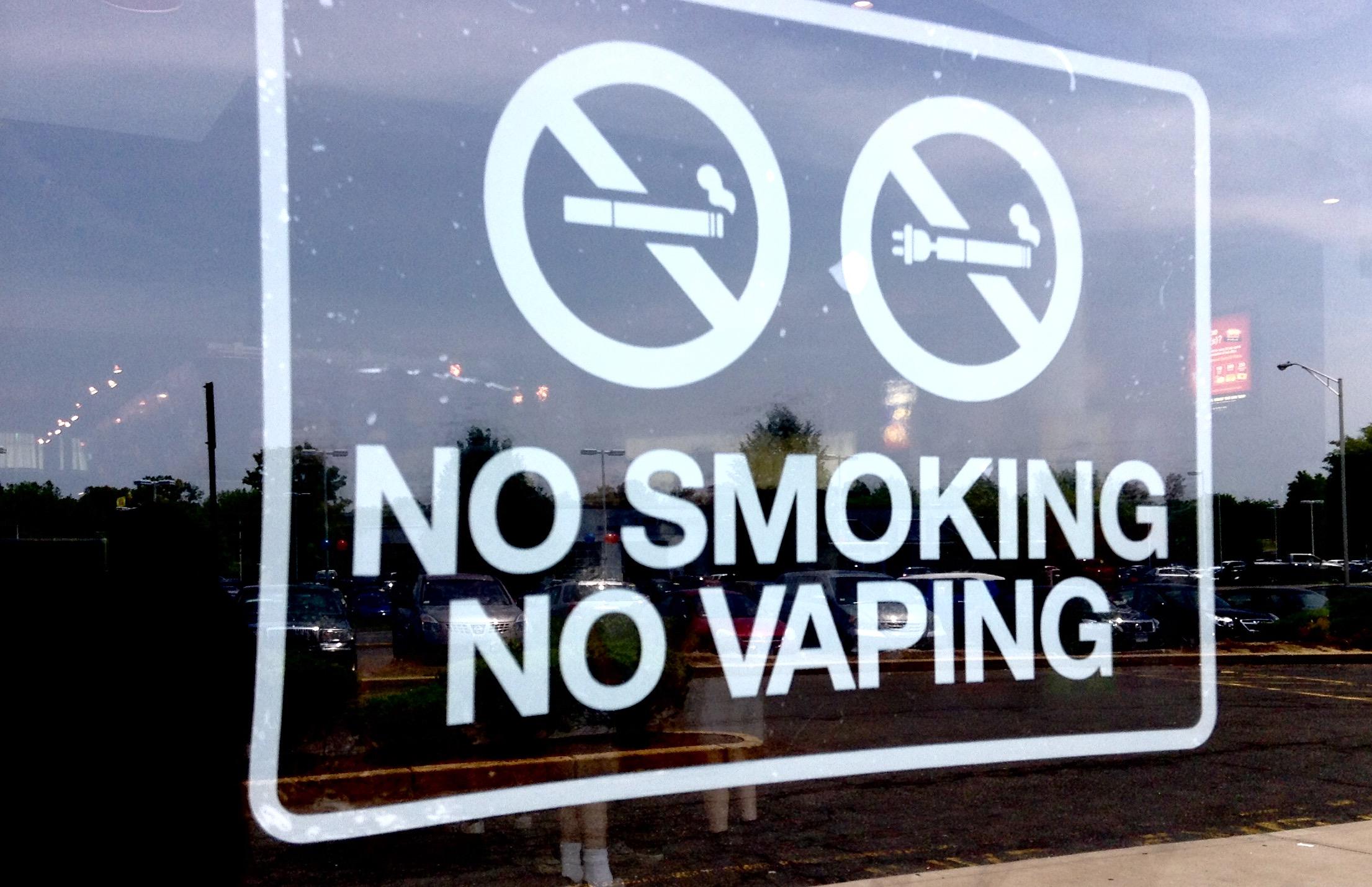 20 underlige love og regler i Singapore - E-cigaretter - Rejsdiglykkelig.dk