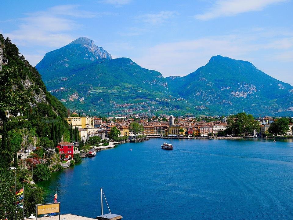 De bedste rejsemål i Italien - Gardasøen - Rejsdiglykkelig.dk