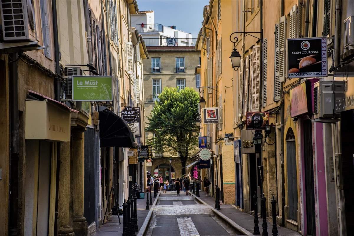 De Bedste Rejsemål i Frankrig - Aix-en-Provence - Rejs Dig Lykkelig