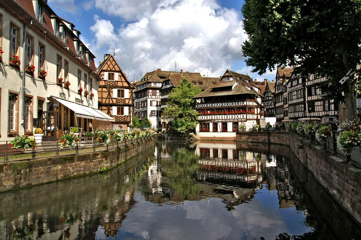 De Bedste Rejsemål i Frankrig - Strasbourg - Rejs Dig Lykkelig
