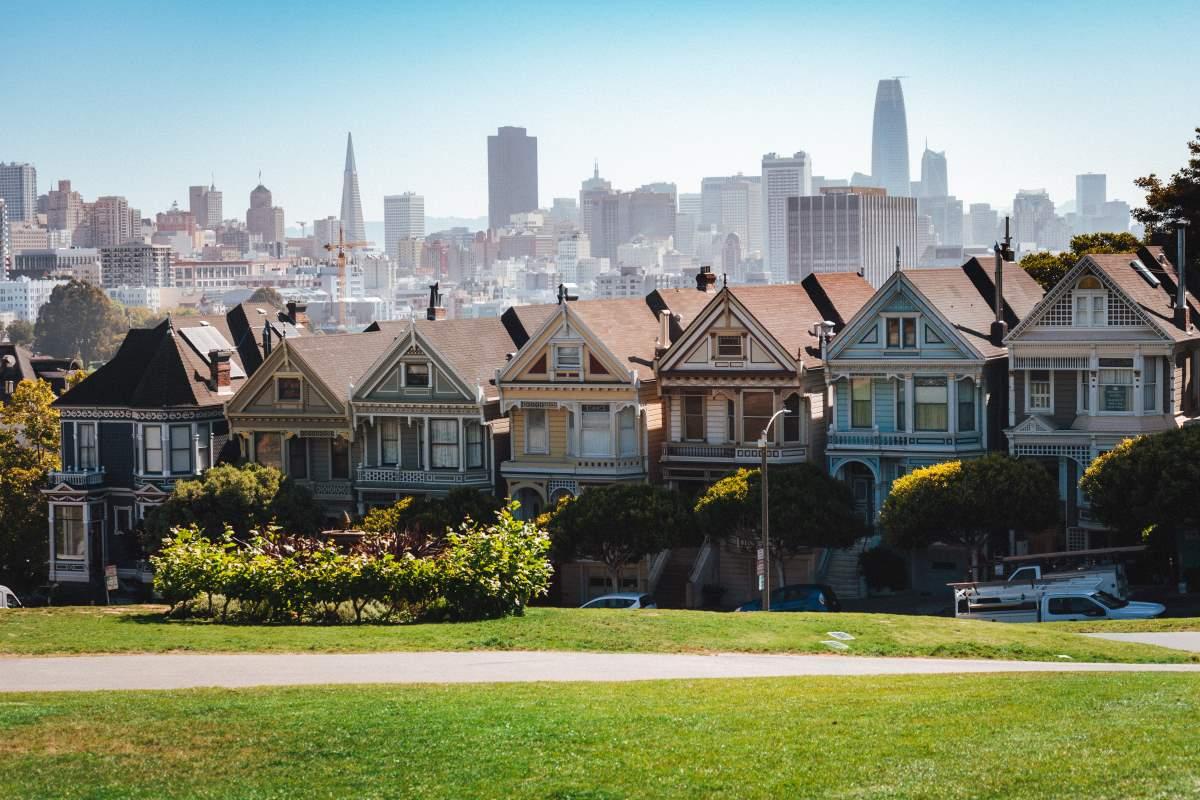 15+ Oplevelser i San Francisco - Painted Ladies - Rejs Dig Lykkelig