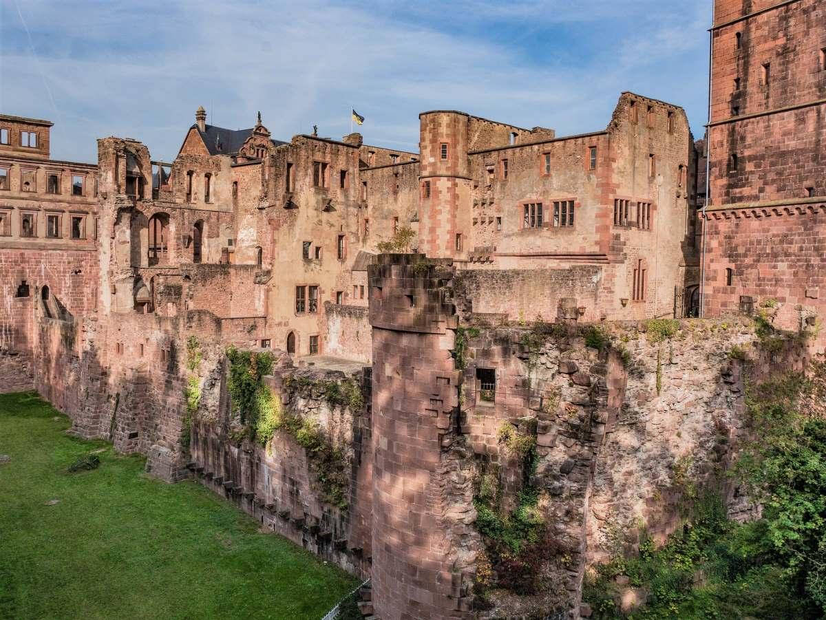 12 Eventyrlige Slotte i Tyskland - Schloss Heidelberg - Rejs Dig Lykkelig