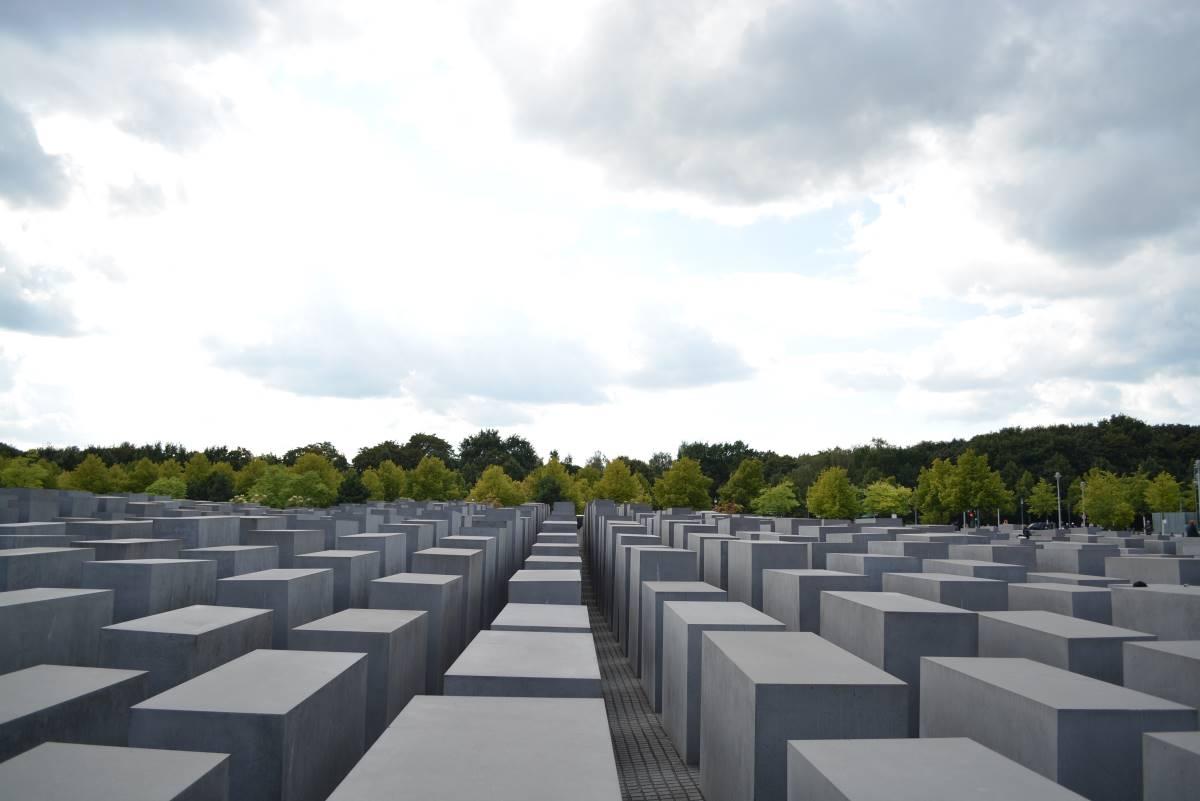 20 Must-see Seværdigheder i Berlin - Holocaust Memorial - Rejs Dig Lykkelig