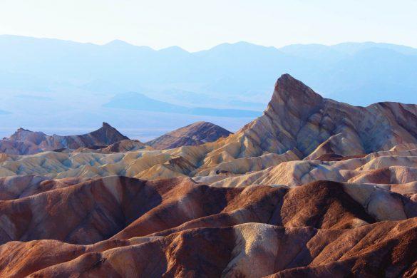 Guide til Death Valley - Zabriskie Point - Rejs Dig Lykkelig