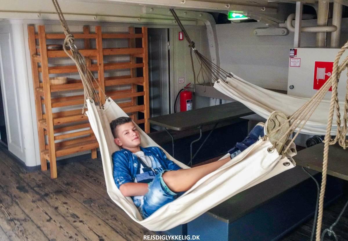 Besøg Fregatten Jylland - Verdens største træskib indeni - Rejs Dig Lykkelig
