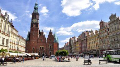 11 Seværdigheder og Oplevelser i Wroclaw - Markedstorvet - Rejs Dig Lykkelig