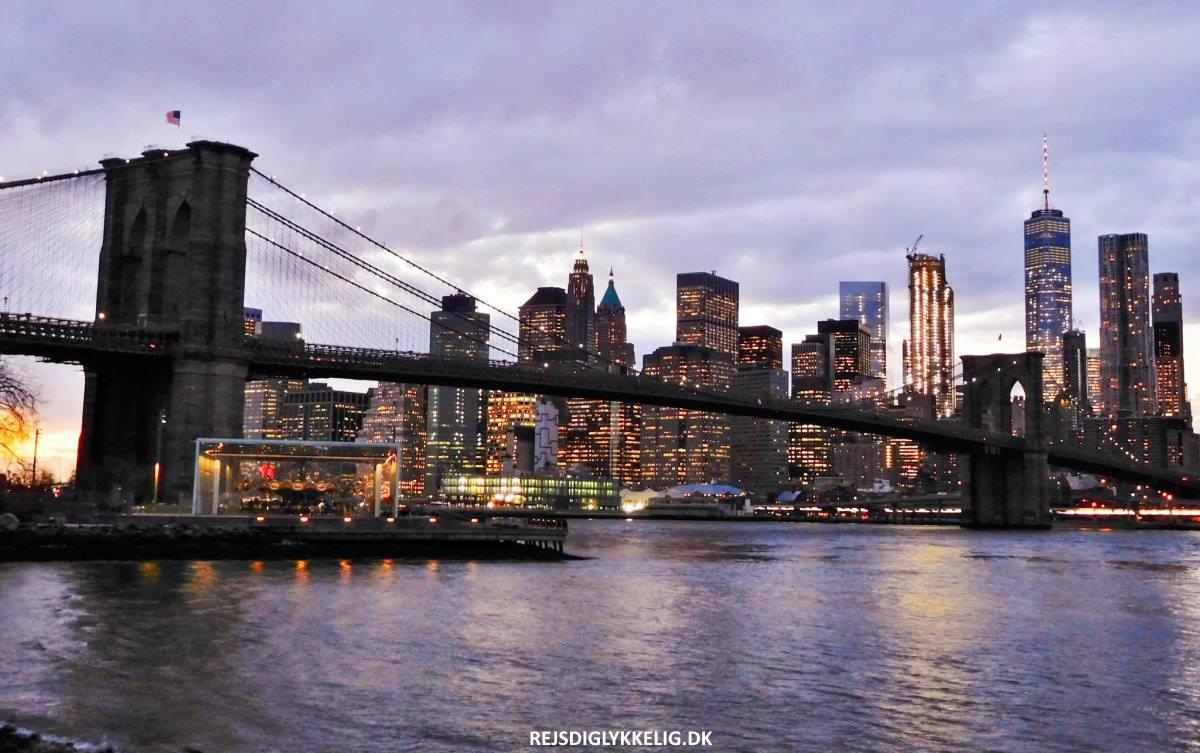 Brooklyn Bridge - Rejs Dig Lykkelig