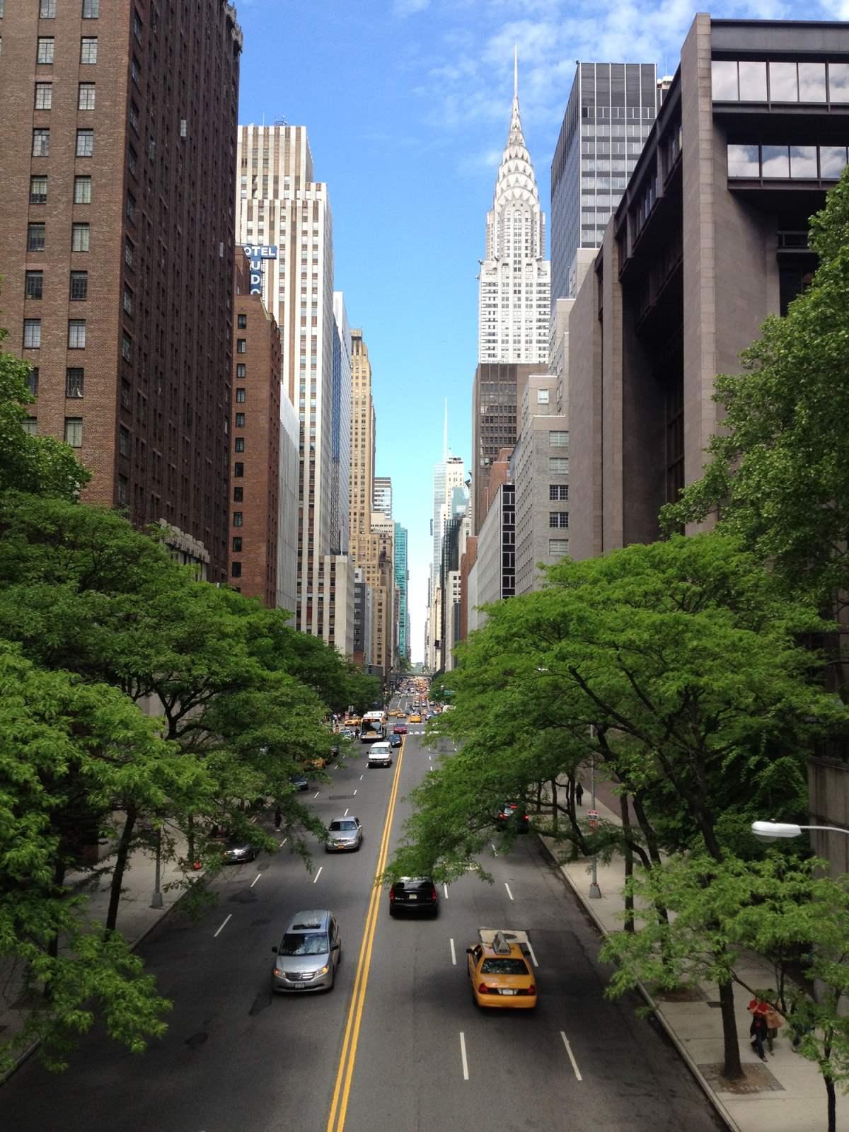 15 Utrolige Udsigtspunkter i New York City - Tudor City Bridge - Rejs Dig Lykkelig