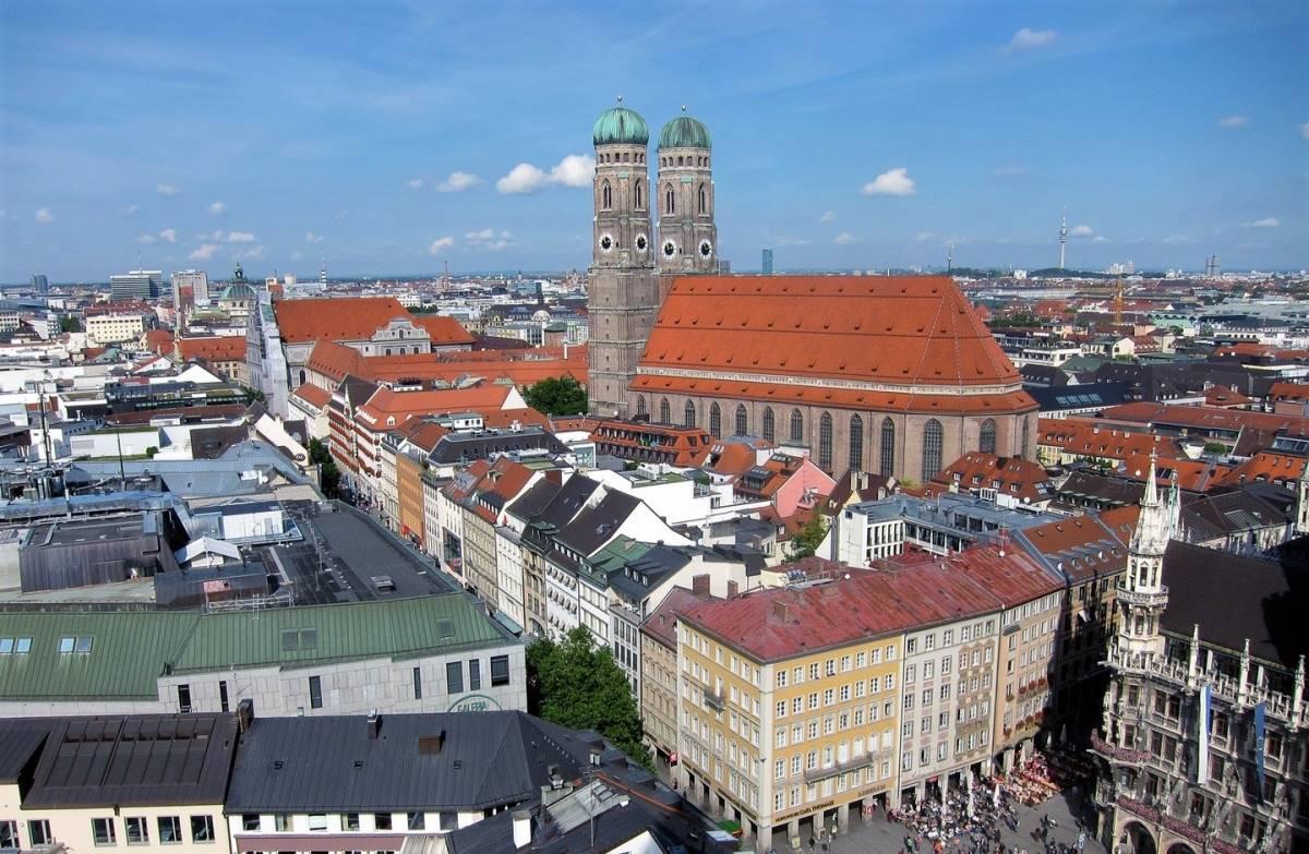 Frauenkirche - Rejs Dig Lykkelig