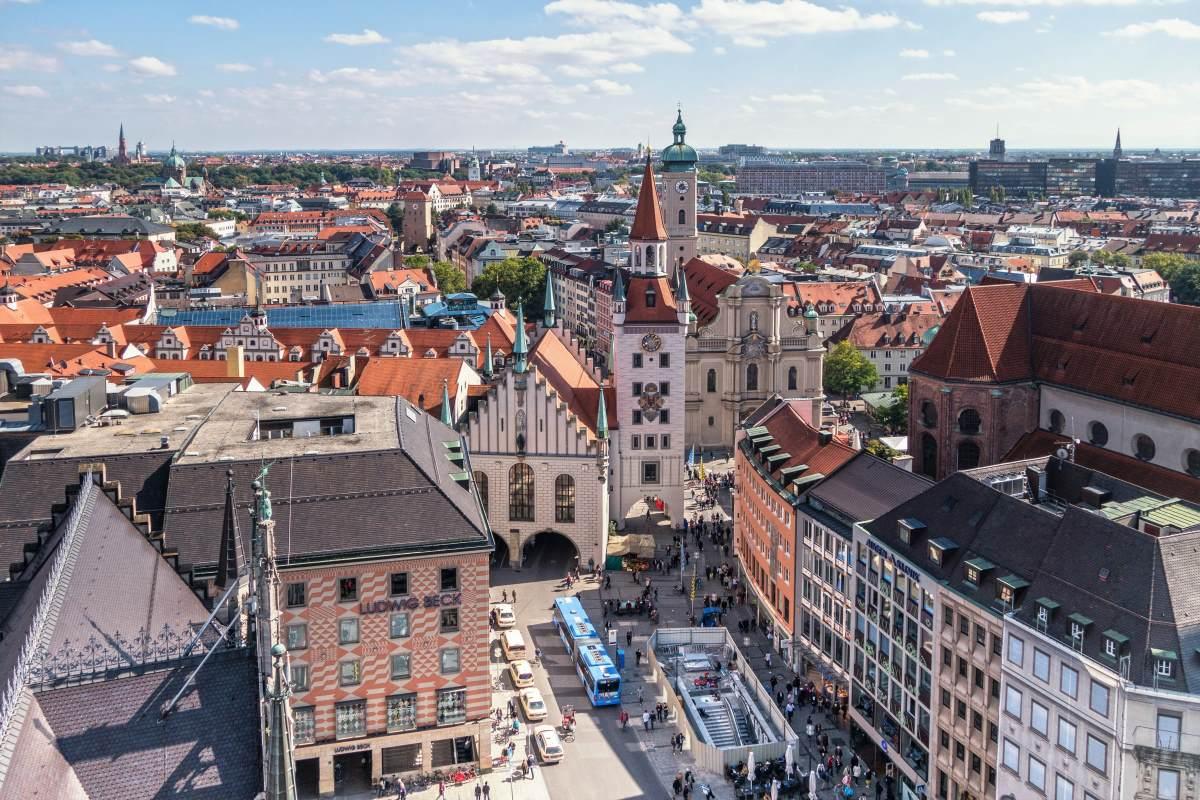 Marienplatz - Rejs Dig Lykkelig