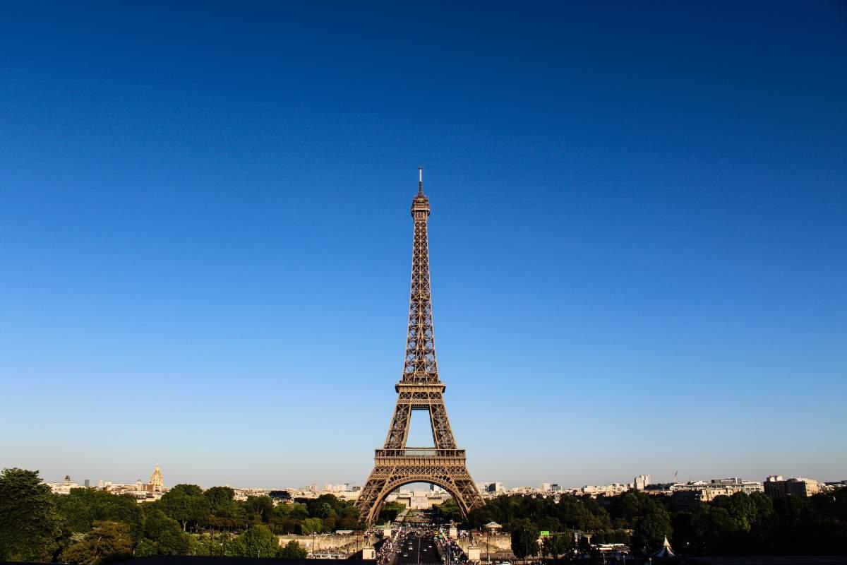 Eiffeltårnet - Rejs Dig Lykkelig