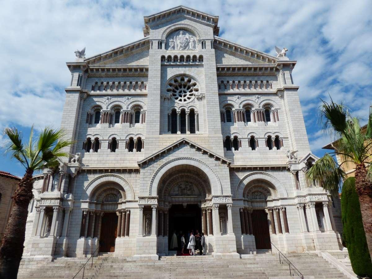 Monacos Katedral - Rejs Dig Lykkelig