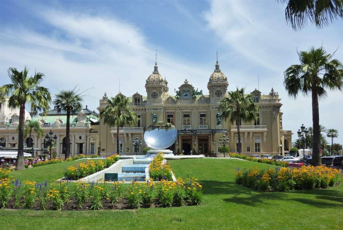 Monte Carlo Casino - Rejs Dig Lykkelig