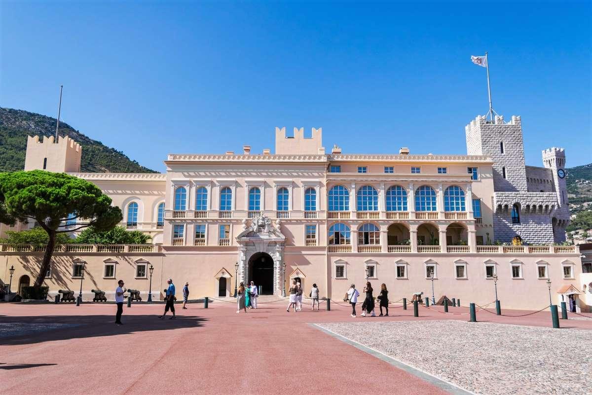 Palais du Prince - Rejs Dig Lykkelig