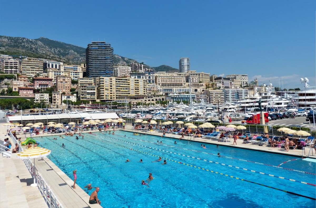 15 Seværdigheder og Oplevelser i Monaco - Stade Nautique Rainier III - Rejs Dig Lykkelig
