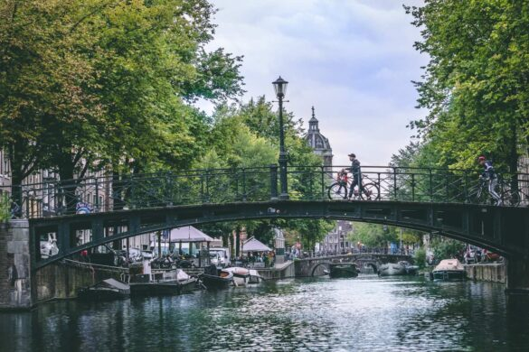 Bydele i Amsterdam - Rejs Dig Lykkelig