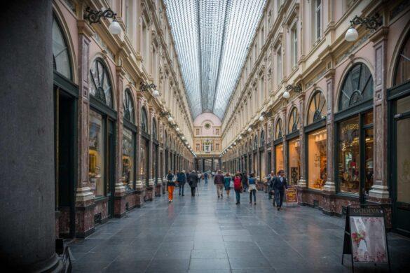 De Bedste Steder til Shopping i Bruxelles - Galeries Royales Saint Hubert - Rejs Dig Lykkelig