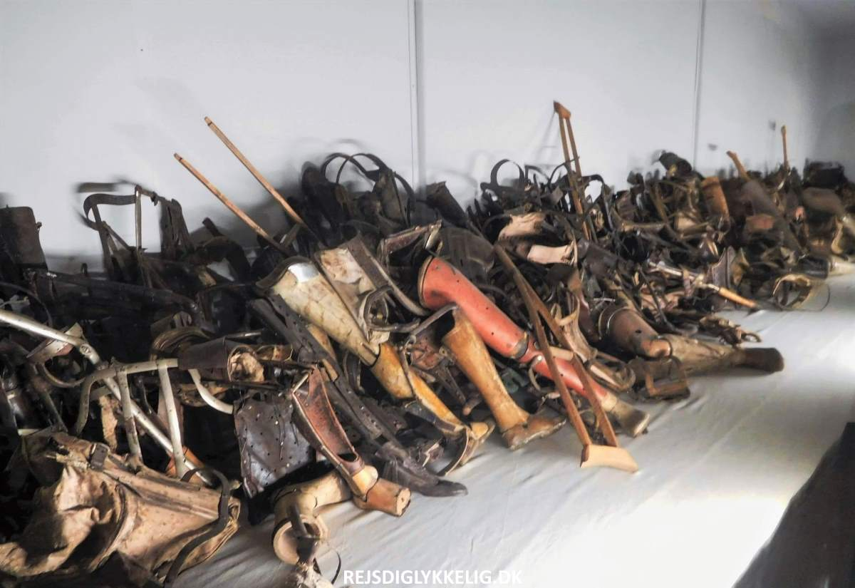 Guide til Auschwitz - Fangernes genstande - Rejs Dig Lykkelig